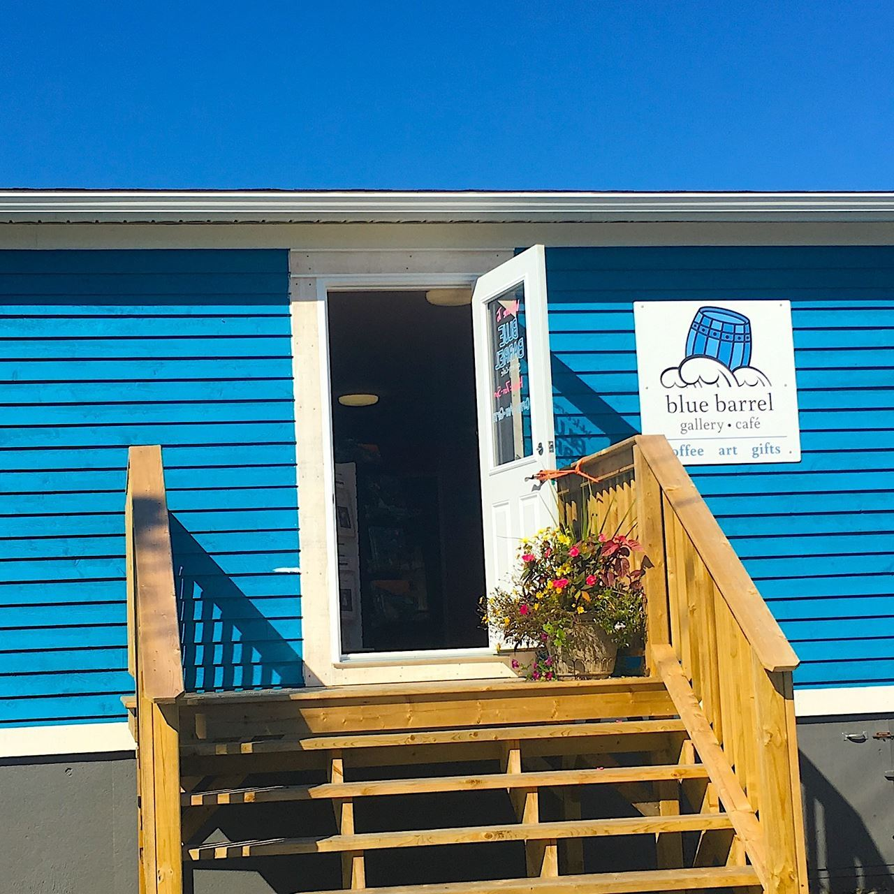Blue Barrel Gallery Cafe at the Anchor Inn Hotel Twillingate for art, gifts, coffee